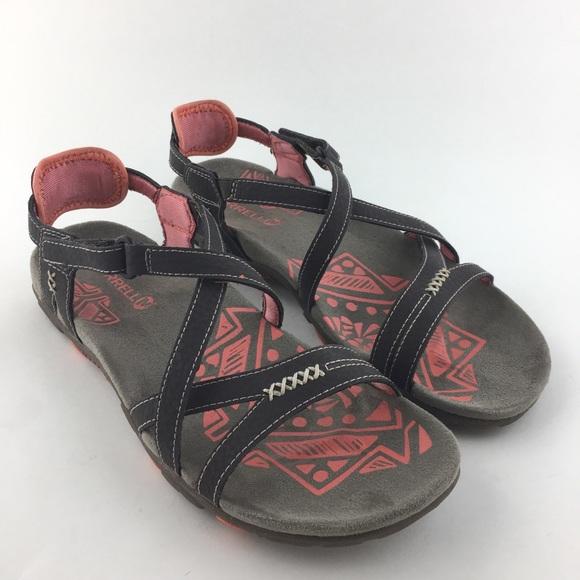 3671e8947eca Merrell Leather Sandals. M 5bf17eaf6197455fb2562c52